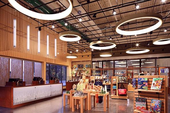 10 industrial chandeliers to inspire your next indoor lighting project